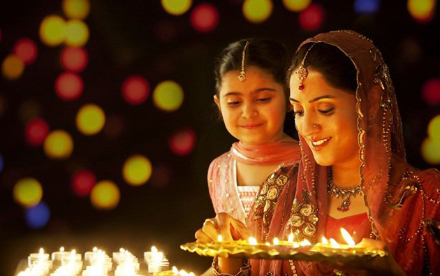 Dress-up safely this Diwali