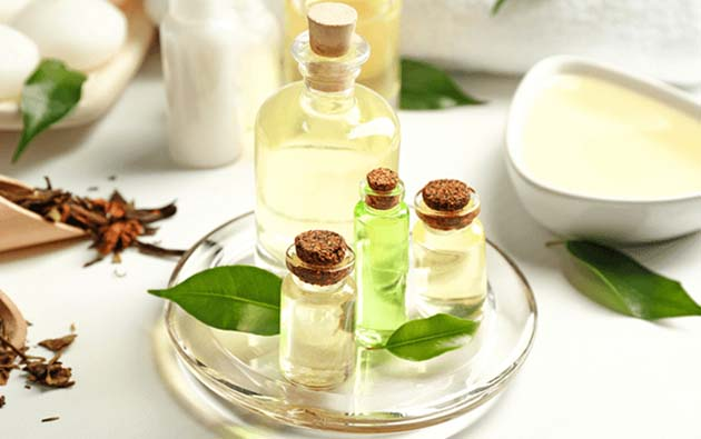 6 Incredible Benefits of Tea Tree Oil for Skin